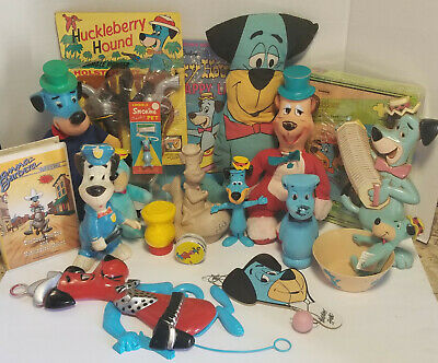 Lot of  Vintage Huckleberry Hound collectible Gold