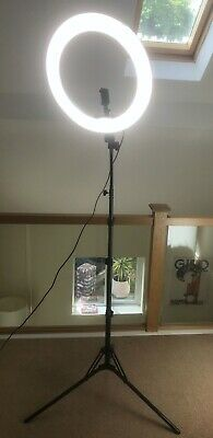 Neewer Dimmable Video Ring Light for Video Shooting