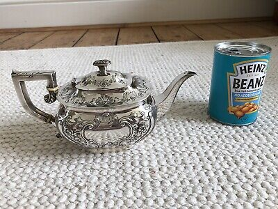 A Victorian Sterling Silver Teapot London 1898, 360 Grams