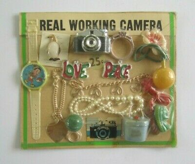 VINTAGE 1970s GUMBALL VENDING 25 CENT DISPLAY HEADER CARD HIPPIE ITEMS RARE