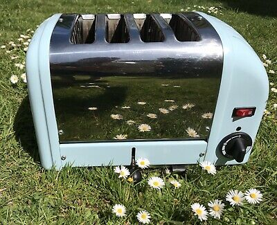 Classic Style Extra Wide 28mm 4 Slot Toaster With Sandwich Cage In Glacier Blue