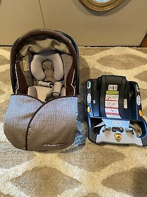 Chicco KeyFit 30 Infant Child Safety Car Seat & Base