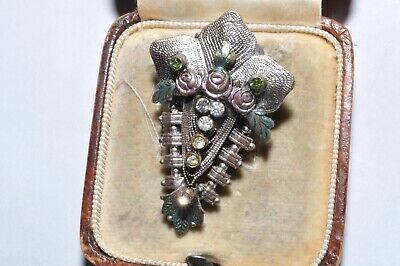 Pretty Vintage Art Deco Filigree Enamel & Rhinestone Dress Clip