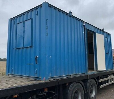 21ft  And 16ft Office Unit Container