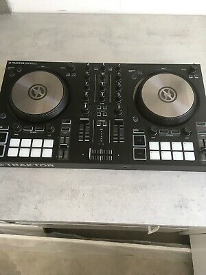 *Mint* Traktor S2 MK3 with Traktor PRO 3 software.