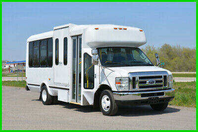 2009 Ford E-450 16 Passenger Paratransit Shuttle Bus Fleet Maintained