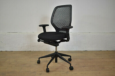 Orangebox Ara Black Fabric / Plastic Mesh Adjustable Office Swivel Chair - 9 STK