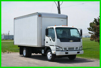 2007 Chevrolet W3500 14ft Box Truck Used