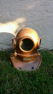 Diver's Classic3-light/3-Bolt Styled Diving Helmet Replica To Dive For