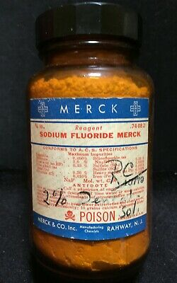 Vintage Dental Bottle: Merck Sodium Fluoride, Amber W/Full Powder Contents,Teeth