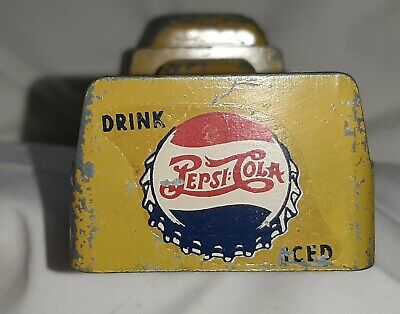 "1940's PEPSI CANADIAN DOUBLE DOT METAL TOY TRUCK NO MAKERS MARKS RETRO 5"" LENGTH"