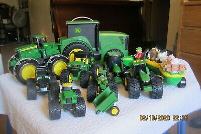 John Deere Toy Farm Collection 14 Pieces In All