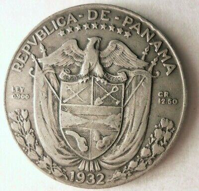 1932 PANAMA 1/2 BALBOA - Great Coin - RARE Low Mintage Silver Coin - Lot #M30