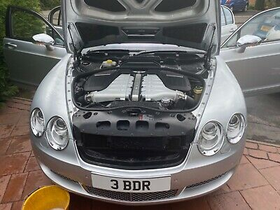 Bentley flying spur w12 out of box cond!