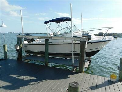 2006 Boston Whaler Conquest  Great Condition