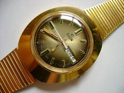 Vintage Wind Up Elgin 17 Jewels Run And Keep Time
