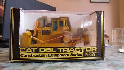 Cat D8L Crawler With Blade And Ripper Diecast Tractor