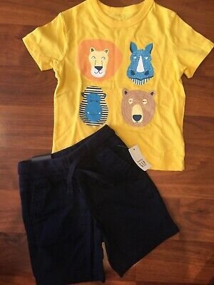 NWT Gap Toddler Boy 2 Pc Outfit Graphic Boats T-Shirt//Green Shorts 2Yrs New