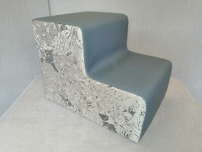 Upholstered Dog Steps pet steps High quality Silver butterfly fabric sides