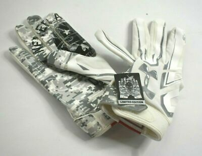 Under Armour Limited Edition Football Gloves Never Accpet Defeat Youth 1300846
