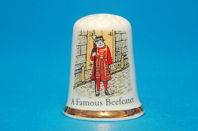 SPECIAL OFFER  Buckingham Palace London Thimble B//48