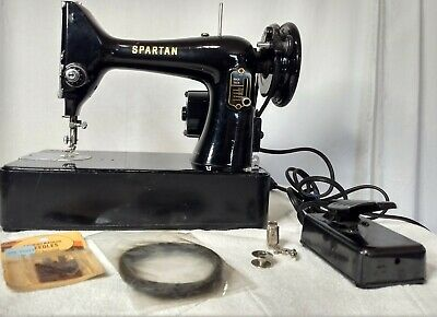 Vintage Singer Spartan 192K Sewing Machine w BASE and Pedal Extra Belt Needles