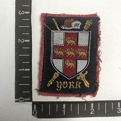 Vintage Gold Thread Embroidered Felt Shield IRELAND FLAG Patch 00TS