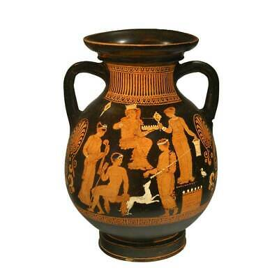 * A published Apulian Red-Figure Pelike by the Hoppin Painter, Classical Period,