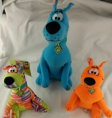 """Details about  /13/"""" Rainbow White Striped Tie-Dye Sit Down Scooby Doo Toy Factory Plush NEW"""