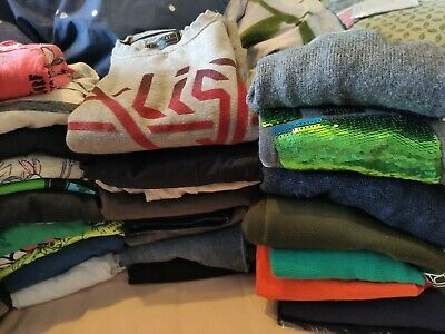 A huge bundle of boy`s clothes some new 6-8 years next,gap,river island,zara,etc