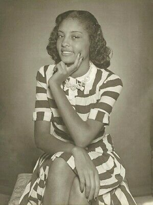Vintage Old 1940/'s Photo Print of a Pretty African American Black Woman Dress