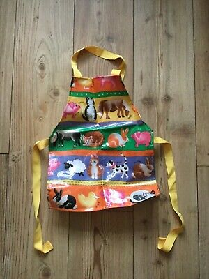 Kid's PVC coated cotton, Farm animal themed apron (2-6 yrs approx), pre-owned.