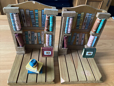 Vintage Wooden Book Ends Bookcase/Library Design