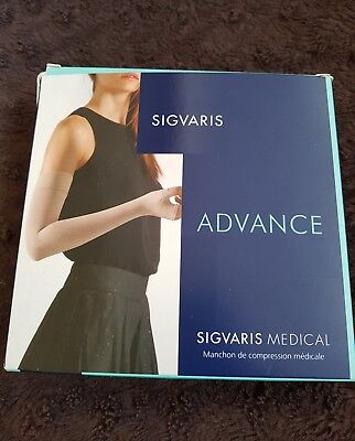 Sigvaris Arm Sleeve With Gauntlet  14 -18Mmhg Long Large Natural Compression