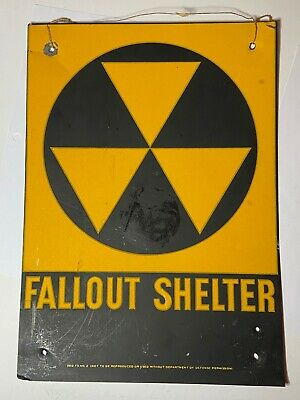 """1950's NEW YORK CITY CIVIL DEFENSE METAL FALLOUT SHELTER SIGN 10"""" x 14"""""""