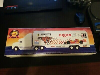 NOS Collector's Edition 1995 Exxon Race Car Carrier With 4 Cars