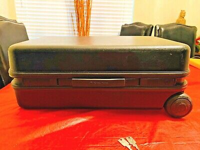 Samsonite Hard Case on wheels for Stentura Stenograph court reporting machine