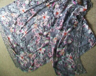 Beautiful Large Silver-Grey & Pink Pashmina Shawl Wrap with Sequin Lace Trim
