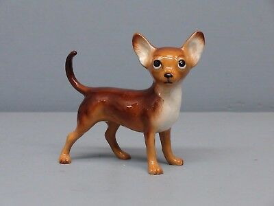 Hagen Renaker DW Specialty Pedigree Chihuahua Dog