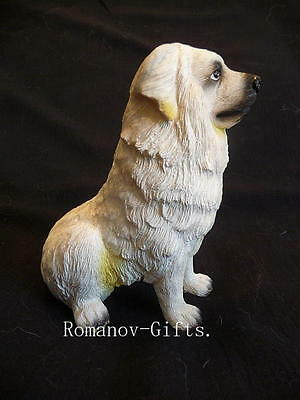 Great Pyrenees statue figurine Gentle Giant white dog !