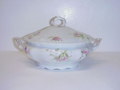 Iroquois China Co. Syracuse Covered Tureen