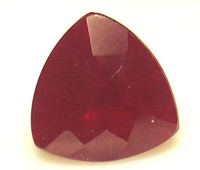 8 mm 1.9 cts Trilliant cut Diffusion lab created Ruby