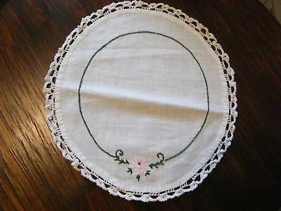 Embroidered Dresser Scarf Doily Crocheted Tim CUTE