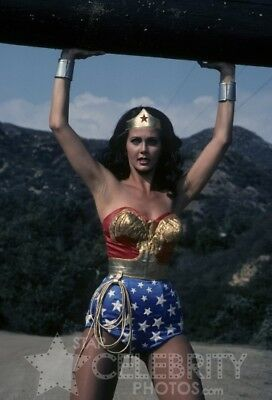 WONDER WOMAN photo 121 Lynda Carter