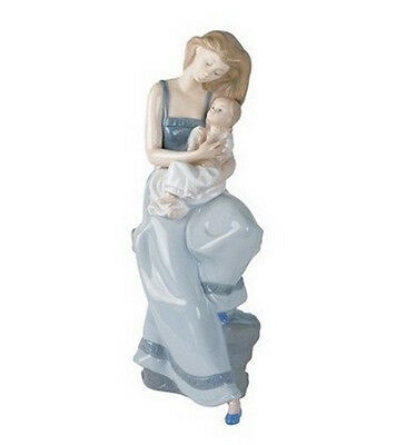 """Nao By Lladro   """"my Little Girl""""  1297  Mint & Reduced"""