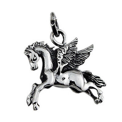 925 Sterling Silver Pegasus Flying Horse Pendant free 18 inches Chain