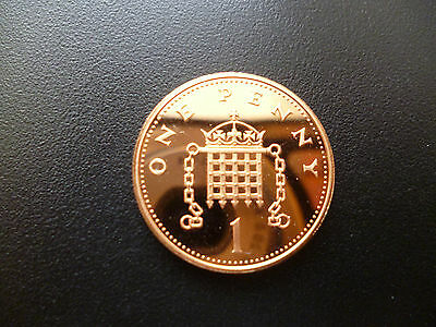 1992 Proof 1P Piece Housed In A Capsule 1992 Proof One Pence Coin Capsuled.