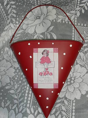 Unique red Metal St. VALENTINE'S DAY FLOWER or CARD HOLDER or Container w/handle