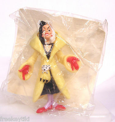 "NEW Disney CRUELLA DE VIL VILLE 4"" 101 Dalmatians Villain Happy Meal Toy Figure"