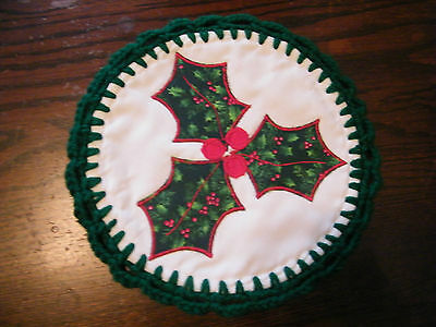 Collectible Handmade Pot Holder Appliqued Christmas Holly Crocheted Trim